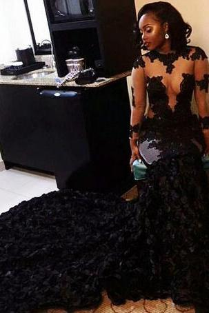 Gorgeous Sexy 2018 Black Evening Dresses Jewel Long Sleeves See Through Top Prom Dresses Pleats Afraic Court Train Custom Made Party Gown