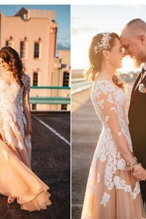 Cheap Vintage Blush Country Wedding Dresses V Neck Long Sleeves Illusion White Lace Applique Full Length Tulle Plus Size Bridal Gowns