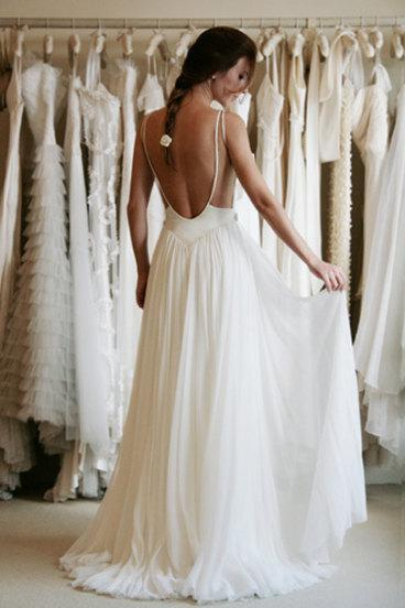 Sexy Lace Backless Country Style wedding dresses 2018 Ivory Chiffon Beach Sheer Bridal Gowns with spaghetti straps Custom Made