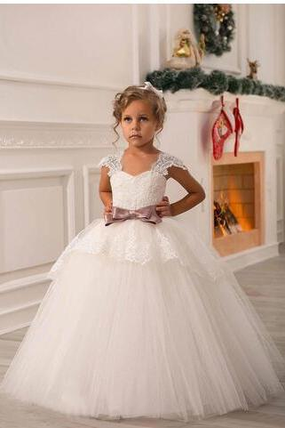 Ivory Lace Beaded 2018 Ball Gown Flower Girl Dresses Vintage Kids Little Girl Wedding Dresses Cheap Pageant Dresses