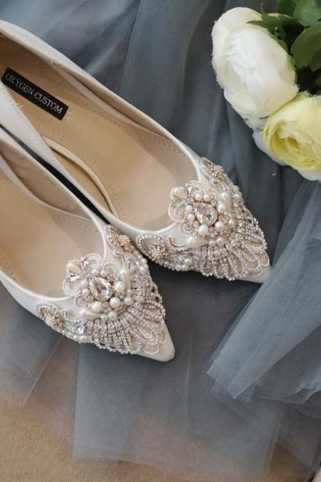 Pointed Toe High Heel Pumps Adorned with Rhinestone and Pearl Beading Embroidery , Bridal Shoes, Bridesmaids Shoes, Prom Heels