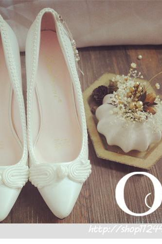 Pointed Toe High Heel Pumps Adorned Applique with Pearl Tassel , Bridal Shoes, Bridesmaids Shoes, Prom Heels
