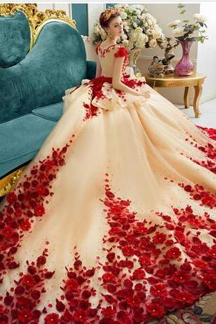 Red Romantic Princess Wedding Gowns Illusion Neck Beaed 3D-Floral Appliques Cap Sleeve Bridal Dresses Gorgeous Cathedral Train Wedding Dress