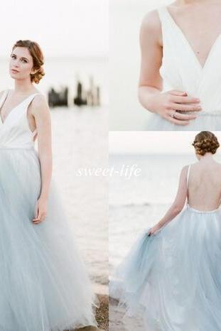 Summer Beach Wedding Dresses Backless Blue and White Tulle Crystal Belt Deep V Neck Cheap Plus Size Sexy Bohemia Maternity Bridal Gowns
