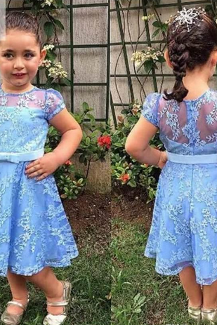 Lovely Knee-Length Girls Pageant Dresses Sheer Jewel Neck Short Sleeves Full Lace Flower Girl Dresses With Bow Belt