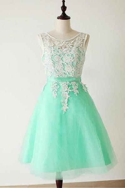 A-line Appliqued Illusion Neck Sleeveless Knee-length Mint Princess Short Organza Bridesmaid Dresses