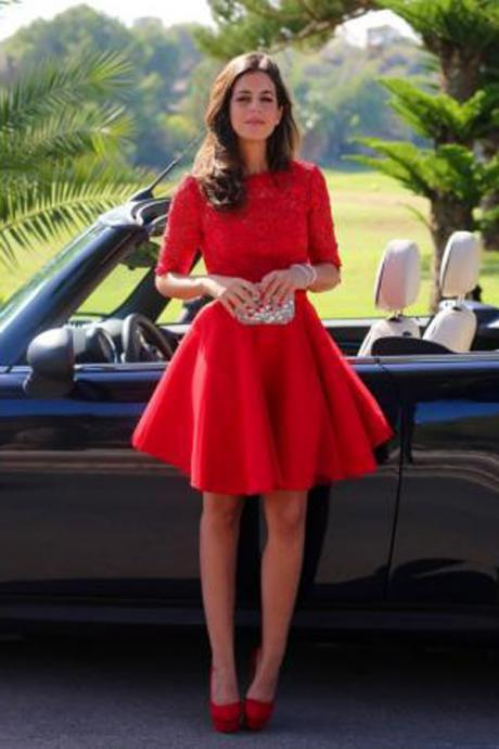 Elegant Bateau A-line Half sleeves Short Red Lace Homecoming Dress