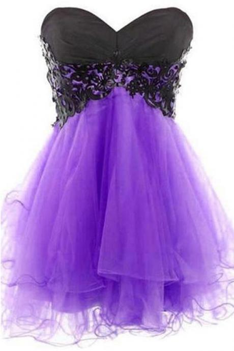 Mini Short Prom Dress Party Dress Hot-selling Sweetheart Sleeveless Mini Purple Homecoming Dress with Black Appliques