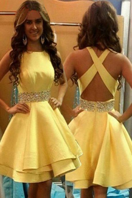 Mini Short Prom Dress Party Dress Elegant Jewel Above-knee Criss-Cross Straps Yellow Homecoming Dresses with Beads