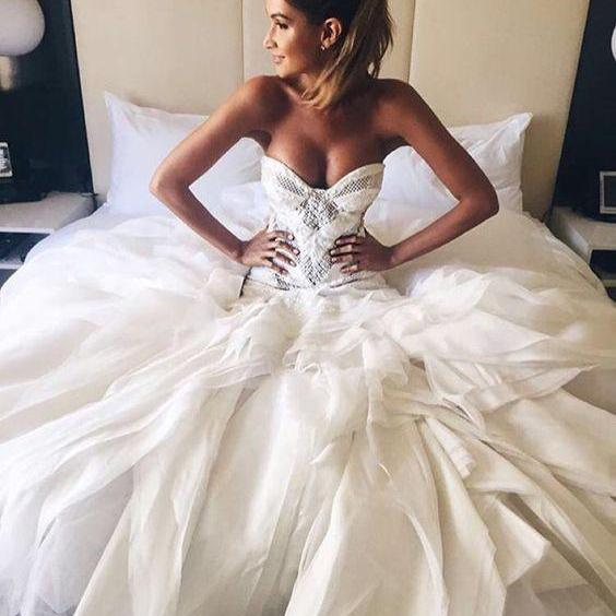 2018 Sexy Wedding Dress Sweetheart Ball Gown Sweetheart Beads Tulle Wedding Dresses Wedding Gown Bridal Gown